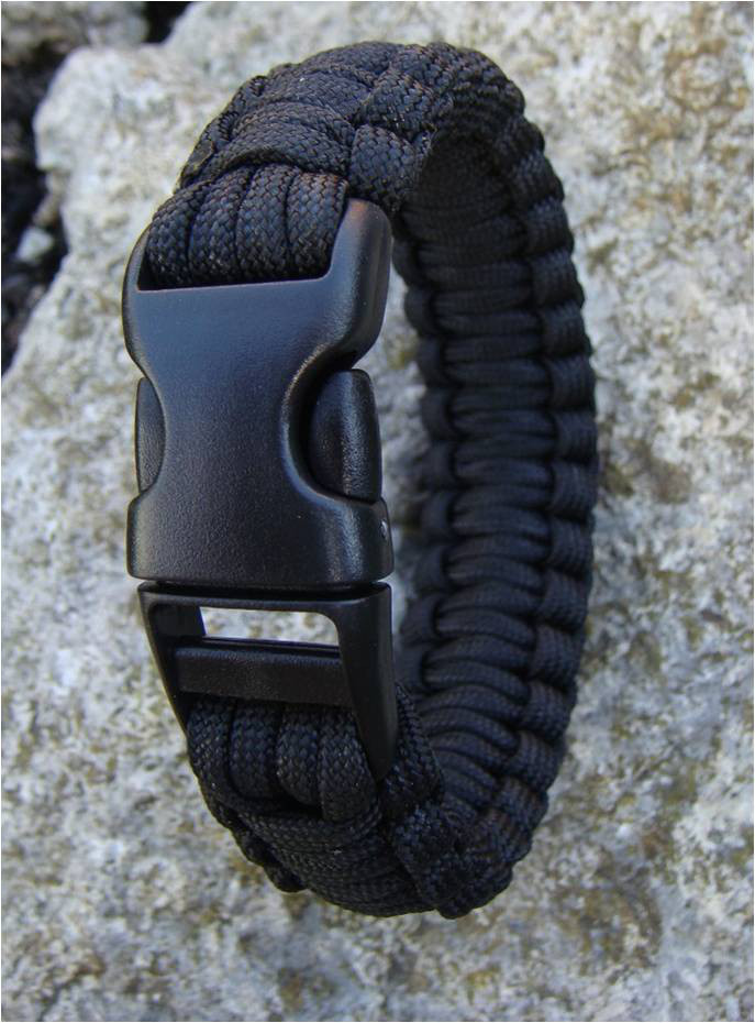 Paracord Bracelet (black)
